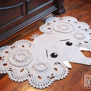 thumb_Crochet_Elephant_Rug_Pattern_by_IraRott.png__4_